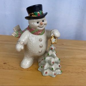 Vintage 2002 Lenox Snowy Finishing Touch Figure